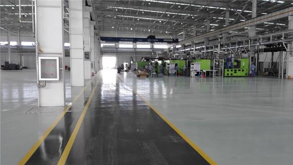 天津爱信车身零部件制造车间客聪帝耐丽密封固化剂地坪案例